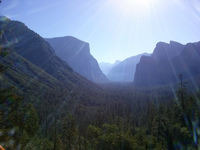Visiting US National Parks – Yosemite Valley in the morning