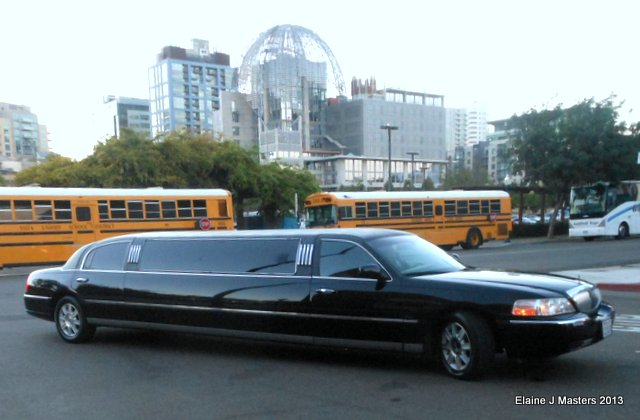 Aallinlimo outside Mission brewery