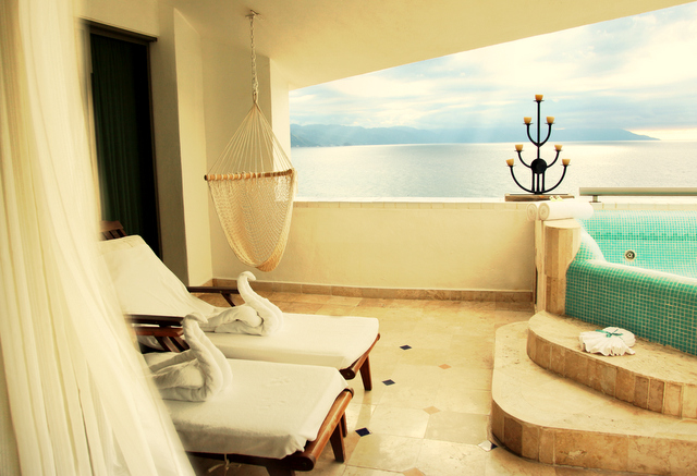 Villa Premiere Master Suite patio, boutique hotels Puerto Vallarta, tripwellness