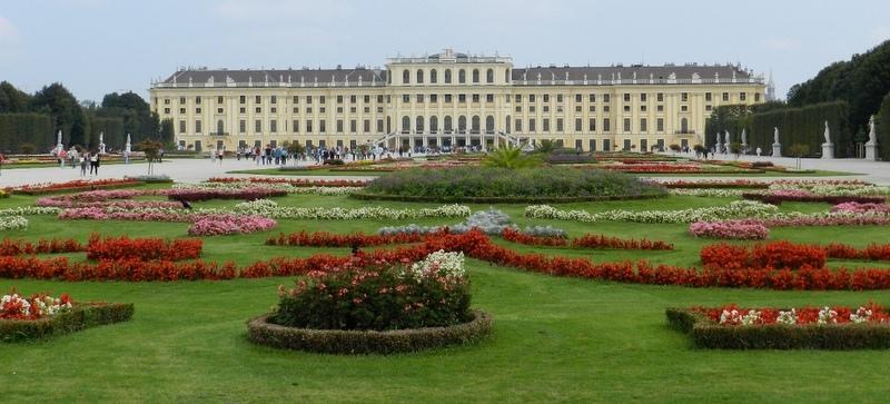 Schonburnn Palace, Vienna