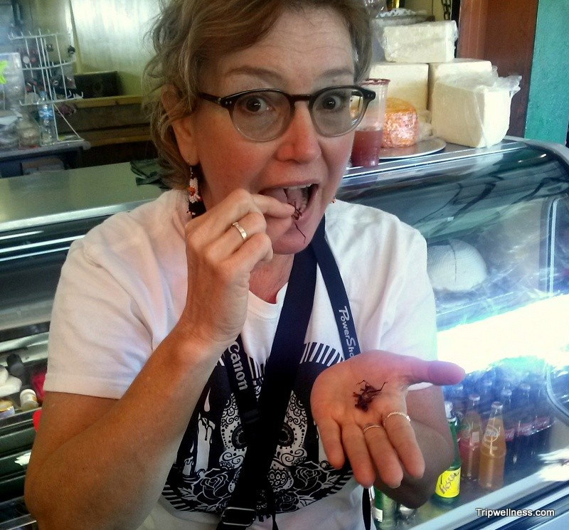 Tasting fried crickets in Mercado Hidalgo