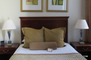 Hotel room reviews, high and low.