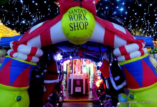 robolights santa's workshop holiday lights