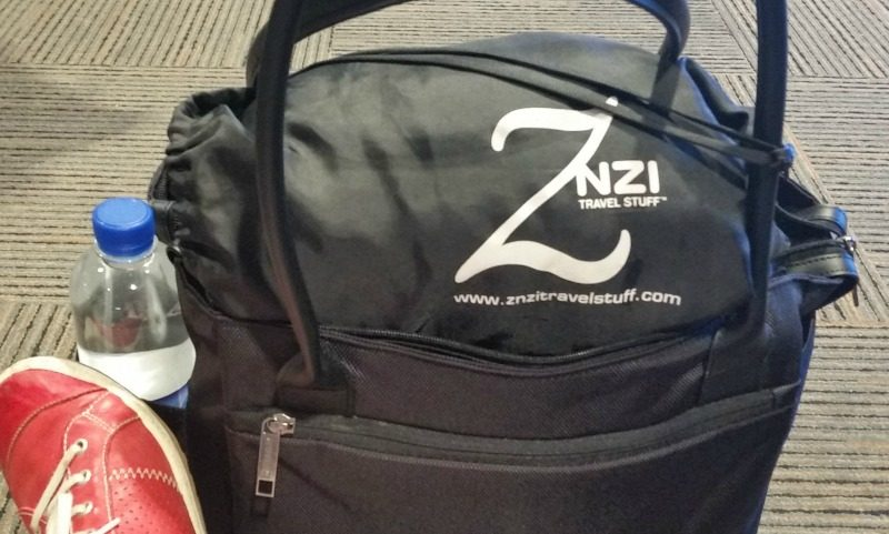 znzi travel pillow at the airport