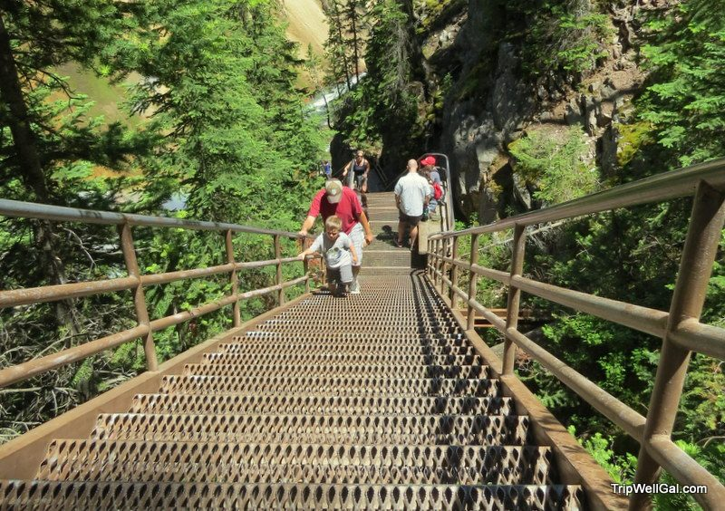 Uncle Tom's trail stair down to viewing Lower Yellowstone Park Falls