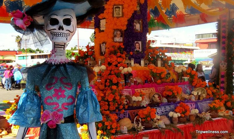 Dia de los Muertos altar inside the Mercado Hildalgo