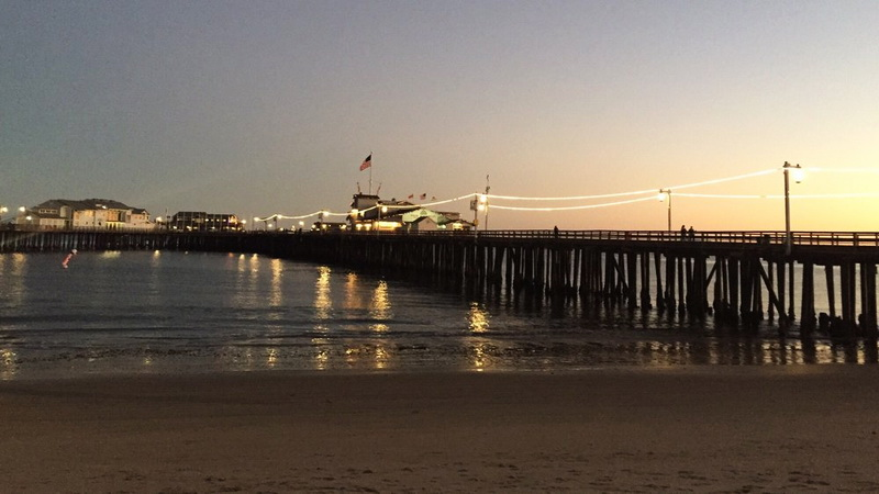 twilight looking west from the beach to Stearns Wharf