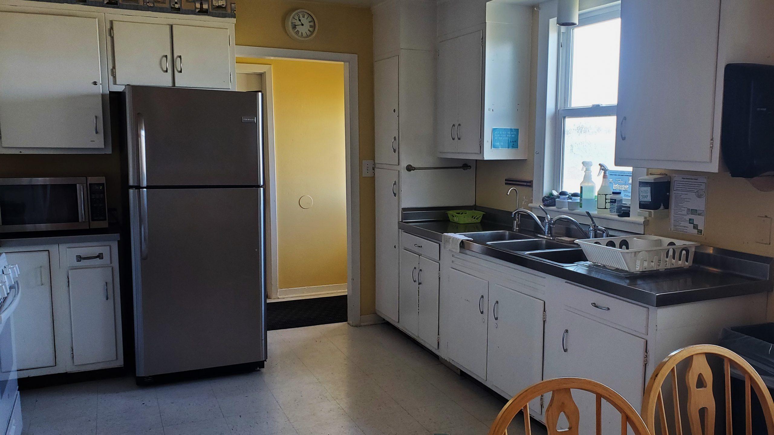 Kitchen in the Pigeon Point lightouse hostel unit